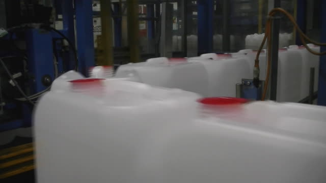 assembly line for can production - polypropylene stock videos and b-roll footage