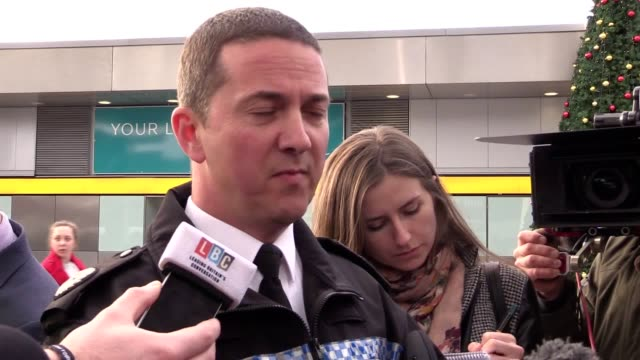 assistant chief constable steve barry from sussex police gives an update on the situation at gatwick airport in a press conference. - gatwick airport stock videos & royalty-free footage