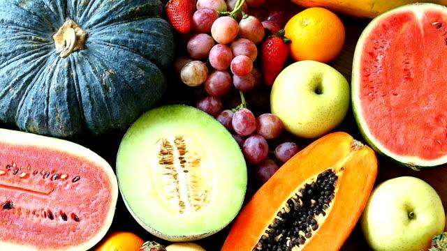 Sortierte und gemischte Früchte