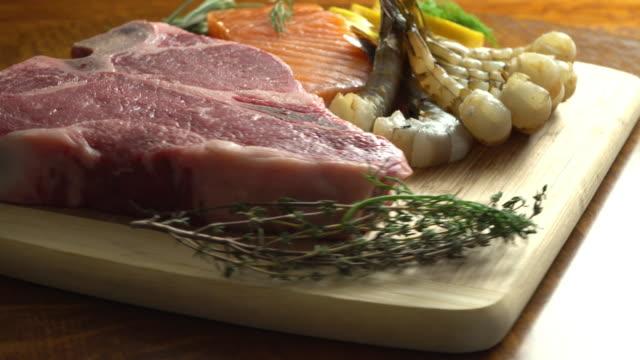 各種肉 - 低炭水化物ダイエット点の映像素材/bロール
