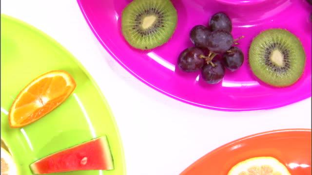 vídeos y material grabado en eventos de stock de cu ha assortment of colorful fruits / orem, utah, usa - grupo mediano de objetos