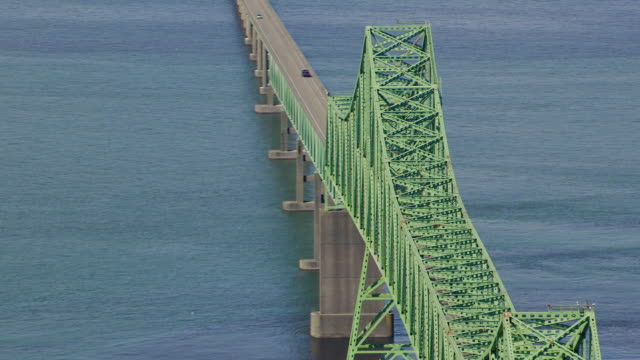 ms aerial ds zi astoria megler bridge / oregon, united states - columbia river gorge stock videos & royalty-free footage