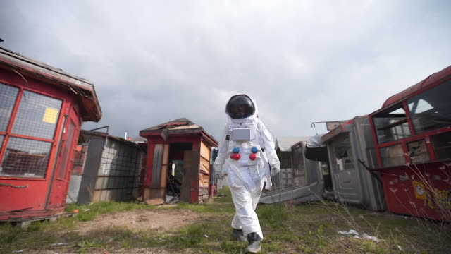 astronaut in the abandoned city with no people - astronaut stock videos & royalty-free footage