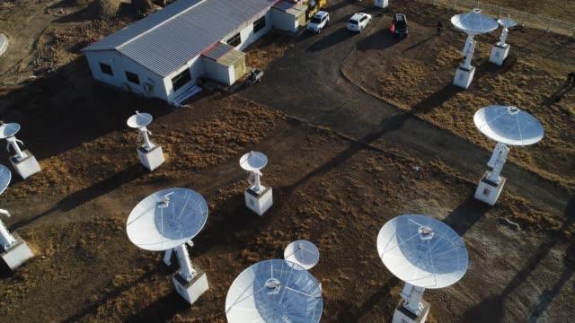 天文望遠鏡ステーション - テレビ塔点の映像素材/bロール