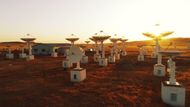astronomisk teleskop station - astronomiskt teleskop bildbanksvideor och videomaterial från bakom kulisserna