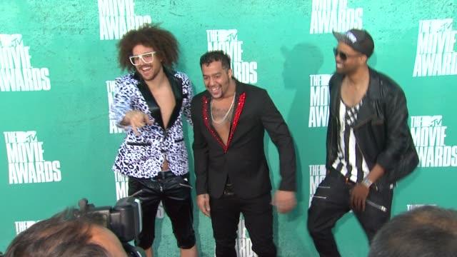 at 2012 mtv movie awards - arrivals at gibson amphitheatre on june 03, 2012 in universal city, california - ギブソンアンフィシアター点の映像素材/bロール