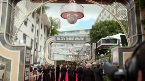at 76th annual golden globe awards - arrivals at the beverly hilton hotel on january 06, 2019 in beverly hills, california - 4k footage - golden globe awards stock videos & royalty-free footage