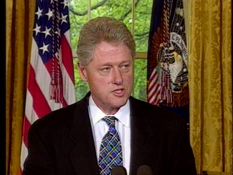 at a press conference, us president bill clinton talks about government officials dismantling drug organizations. - crime or recreational drug or prison or legal trial 個影片檔及 b 捲影像