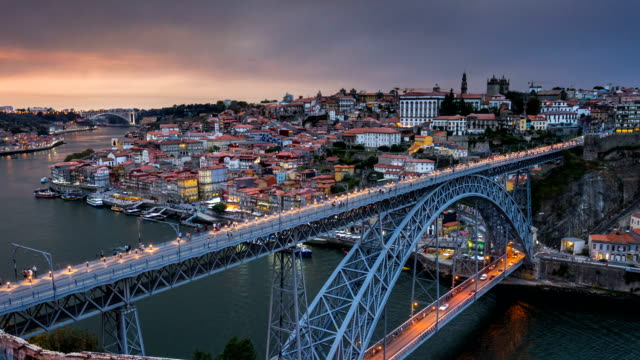 d2n t/l at dom luís i bridge, porto, portugal - portugal stock videos & royalty-free footage