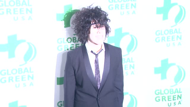 vídeos de stock e filmes b-roll de lp at global green usa's 10th annual preoscar party on 2/20/13 in los angeles ca - festa do óscar