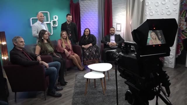 at hungary's first dedicated roma tv station everyone from the on screen talent to the camera operators take pride in bringing the culture of their... - ungarn stock-videos und b-roll-filmmaterial