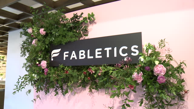 stockvideo's en b-roll-footage met at kelly rowland celebrates the launch of her capsule collection for fabletics in los angeles, ca 1/9/19 - kelly rowland