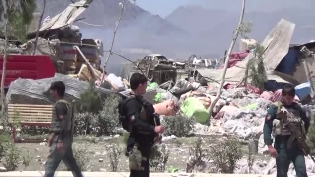 stockvideo's en b-roll-footage met at least 16 people were killed and more than 30 others wounded following a blast in a shipping container allegedly by the taliban in the country's... - geografische locatie