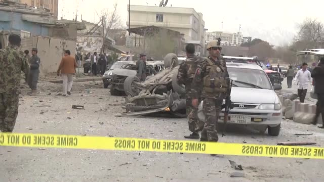 vídeos de stock, filmes e b-roll de at least 6 people were killed and 31 others wounded after a suicide bomb attack in murad khani, one of the most populated business centers in... - civil