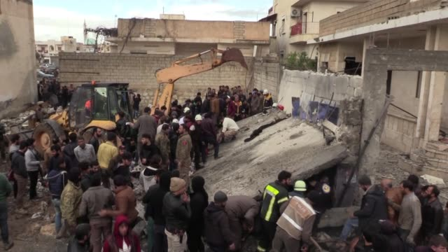 at least one person was killed and 21 others were injured in a car bombing in the oppositionheld azaz town in northern syria on december 12 according... - シリア点の映像素材/bロール