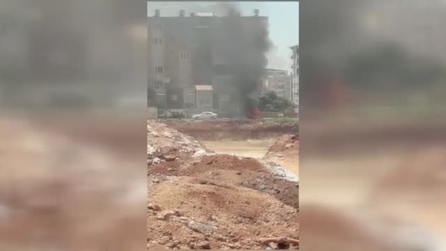 """vidéos et rushes de at least three people were killed after a vehicle exploded in the reyhanli district of southern hatay province on july 05, 2019. """"it is obvious that... - bombardement"""