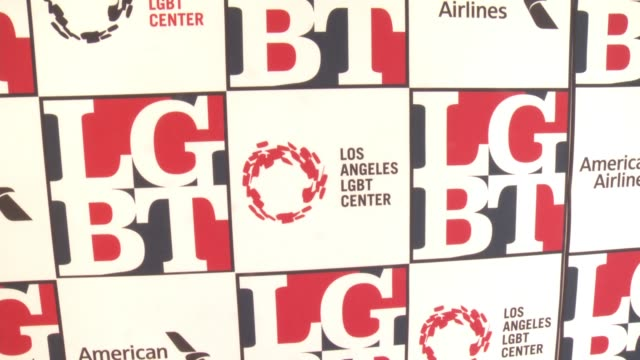 stockvideo's en b-roll-footage met atmosphere at los angeles lgbt center's 48th anniversary gala vanguard awards in los angeles ca - anniversary gala vanguard awards