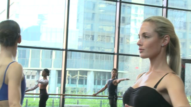 at mika stefanos celebrity ballet class reeva steenkamp on july 12 2012 in johannesburg south africa - リーバ・スティンカンプ点の映像素材/bロール