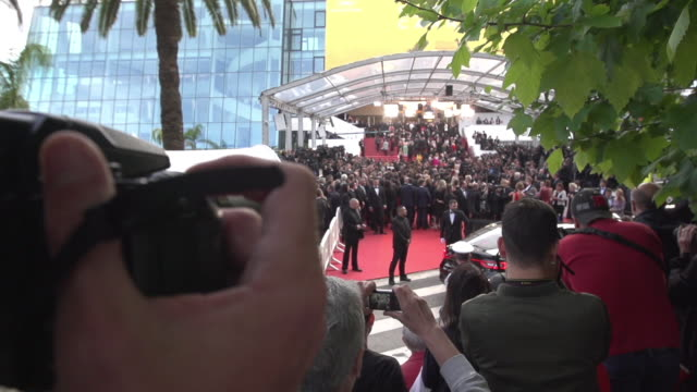 SLOMO ATMOSPHERE at Money Monster' Red Carpet on May 12 2016 in Cannes France