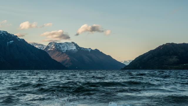 D2N T\L at New Zealand Nature Landscape at Wakatipu lake