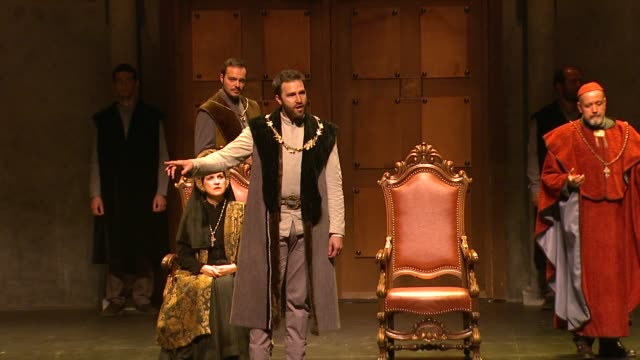 PERFORMANCE at Shakespeare's Henry VIII To Light Up The Broad Stage And Open 6th Season on 9/27/13 in Los Angeles CA
