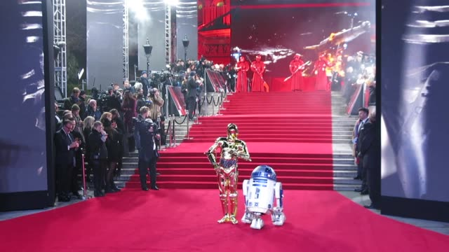 vídeos de stock, filmes e b-roll de d2 bb8 at 'star wars the last jedi' european premiereat royal albert hall on december 12 2017 in london england - royal albert hall
