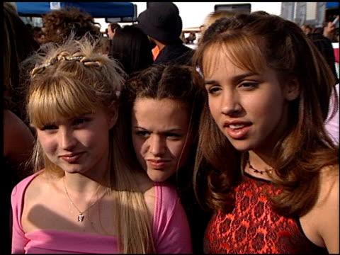 at the 1999 teen choice awards at barker hanger in santa monica, california on august 1, 1999. - ティーン・チョイス・アワード点の映像素材/bロール