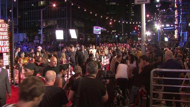 vídeos y material grabado en eventos de stock de at the 2009 mtv video music awards at new york ny. - ambientación
