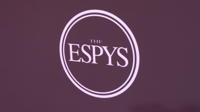 vídeos de stock, filmes e b-roll de atmosphere at the 2019 espys at microsoft theater on july 10 2019 in los angeles california - espy awards