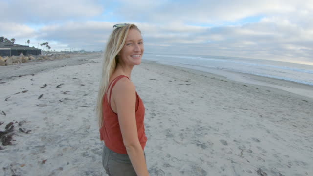am strand - san diego stock-videos und b-roll-filmmaterial