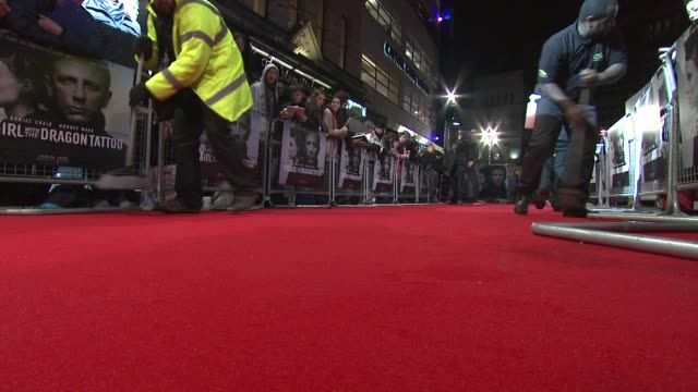 at the girl with the dragon tattoo world premiere at odeon leicester square on december 12 2011 in london england - odeon leicester square stock videos and b-roll footage