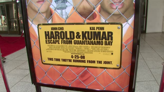 vídeos de stock, filmes e b-roll de atmosphere at the 'harold and kumar escape from guantanamo bay' premiere at arclight cinemas in hollywood california on april 18 2008 - cinemas arclight hollywood