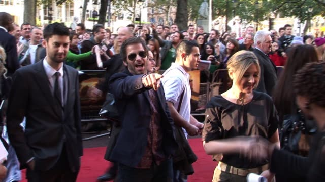 at the legend of the guardians uk premiere zack snyder debbie snyder at odeon west end on october 10 2010 in london england - odeon cinemas stock videos & royalty-free footage