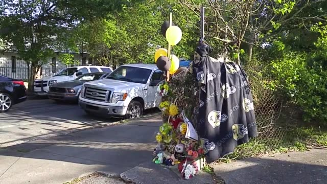vídeos y material grabado en eventos de stock de at the memorial gerry smith speaks about the shooting death of former new orleans saint player will smith according to his attorney cardell hayes did... - crimen