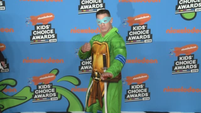 chyron at the nickelodeon's 2018 kids' choice awards at the forum on march 24 2018 in inglewood california - nickelodeon kid's choice awards video stock e b–roll