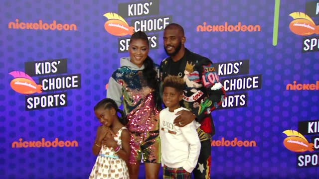 clean at the nickelodeon's kids' choice sports 2018 at barker hangar on july 19 2018 in santa monica california - nickelodeon stock videos & royalty-free footage