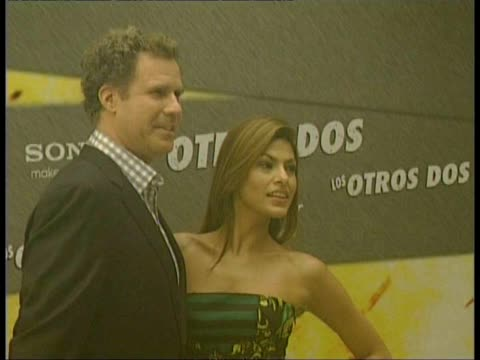 stockvideo's en b-roll-footage met at the other guys photocall in madrid eva mendes will ferrell mark wahlberg on november 11 2010 in madrid spain - meer dan 50 seconden