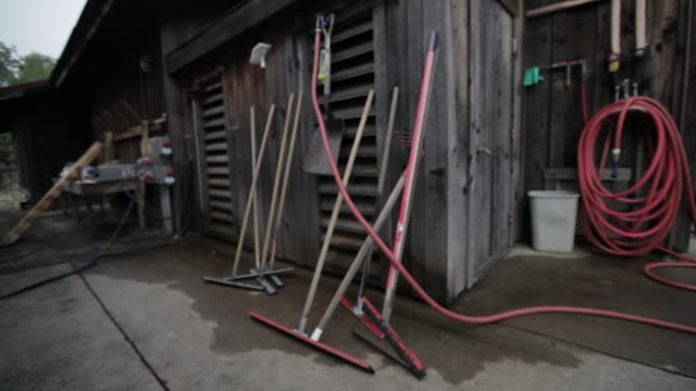 at the vineyard - squeegees at fruit intake shed - shed stock videos & royalty-free footage