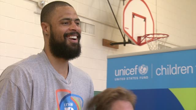 chyron at unicef kid power kicks off in dallas with unicef ambassador tyson chandler and mayor mike rawlings in dallas tx on - event capsule stock videos & royalty-free footage