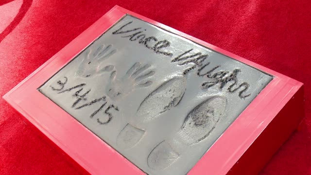 at vince vaughn immortalized with handprint-footprint ceremony at tcl chinese theatre imax on march 04, 2015 in hollywood, california. - vince vaughn stock videos & royalty-free footage