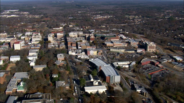 athens  - aerial view - georgia,  clarke county,  united states - georgia stati uniti meridionali video stock e b–roll