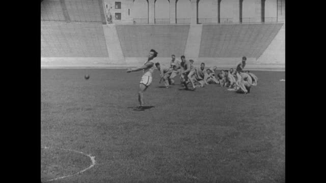 1927 Athlete (Buster Keaton) tries his hand at the hammer throw