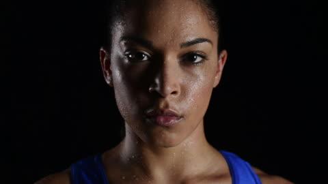 athletics - svett bildbanksvideor och videomaterial från bakom kulisserna