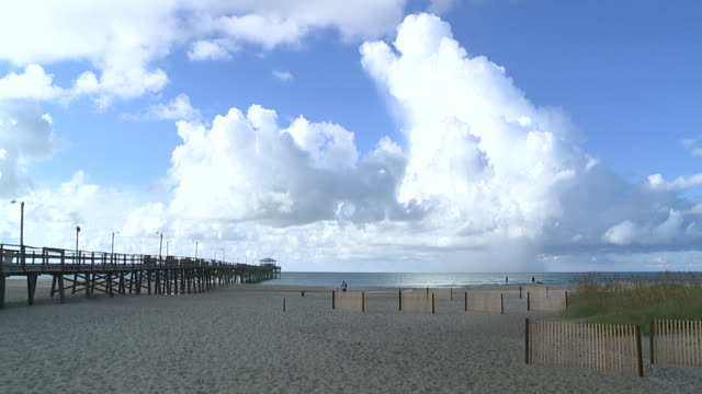 wghp atlantic beach north carolina awaits the arrival of hurricane florence on september 12 2018 - atlantic beach north carolina stock videos & royalty-free footage
