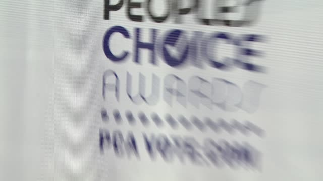 stockvideo's en b-roll-footage met atmosphere - 35th annual people's choice awards at the 35th annual people's choice awards at los angeles ca. - people's choice awards