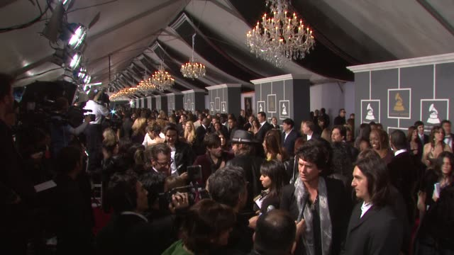 51st annual grammy awards at the 51st annual grammy awards at los angeles ca. - ambientazione formato raw video stock e b–roll