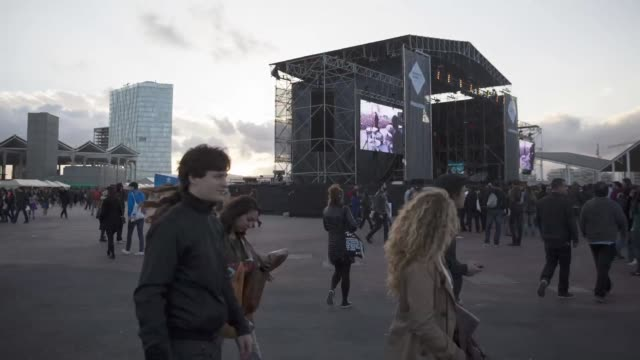 atmosphere at primavera sound festival in barcelona, spain on may 25, 2013. primavera sound festival in barcelona 2013 at parc del forum, barcelona.... - festival goer stock videos & royalty-free footage