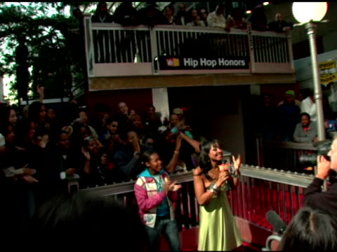 atmosphere at the 2006 vh1 hip hop honors at the hammerstein ballroom in new york new york on october 7 2006 - hammerstein ballroom bildbanksvideor och videomaterial från bakom kulisserna