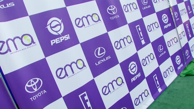 vídeos de stock e filmes b-roll de atmosphere at the 2007 ema awards at the wilshire ebell theatre and club in los angeles, california on october 24, 2007. - wilshire ebell theatre