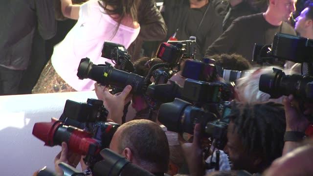 vídeos y material grabado en eventos de stock de atmosphere at the 2011 mtv video music awards at los angeles ca. - ambientación